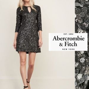 Abercrombie & Finch NWT Black sequins 3/4 sleeves